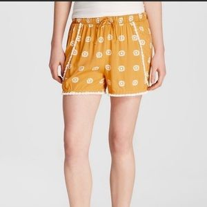 Mossimo yellow floral pull on shorts large elastic